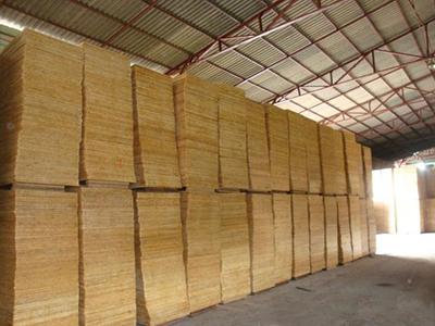 建筑木模板仓库